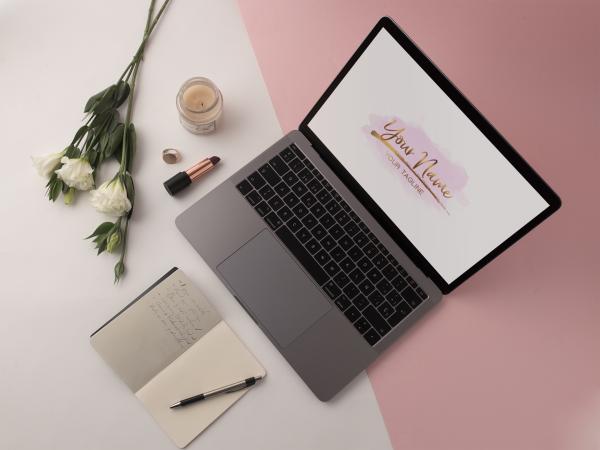 pink and gold logo female entrepreneur